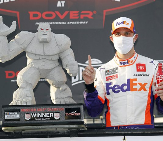 Denny Hamlin won for the first time at Dover Int'l Speedway on Saturday. (HHP/Andrew Coppley Photo)