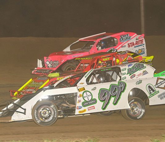 IMCA officials have announced the event plan for the IMCA Super Nationals at Boone Speedway. (Tom Macht Photo)