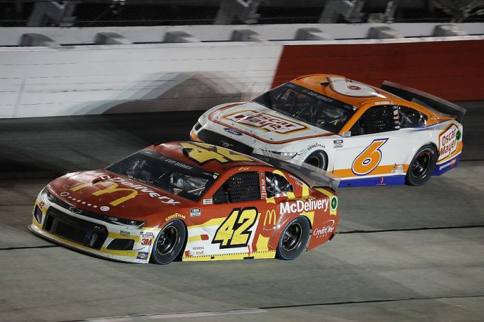Matt Kenseth (42) races Ryan Newman during Sunday's Cook Out Southern 500 at Darlington Raceway. (HHP/Andrew Coppley photo)