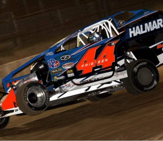 Stewart Friesen continues to dominate the dirt modified ranks in the Northeast. (Dave Dalesandro photo)