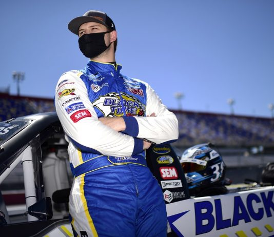 Gilliland Relishes Underdog Role