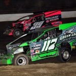 Kevin Hirthler (117) battles Matt Peck Friday night at Grandview Speedway. (Rich Kepner Photo)