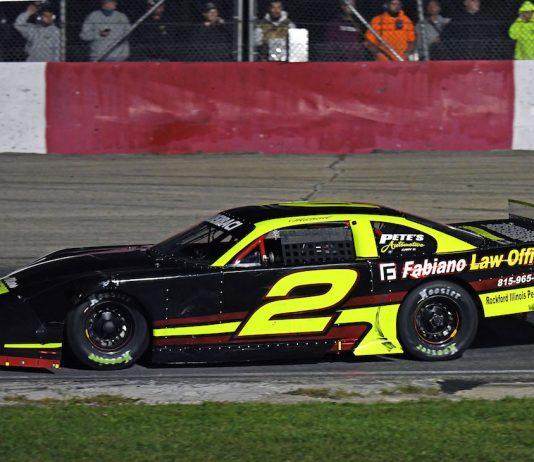 Michael Bilderback became the 29th driver to win the Tony Bettenhausen Classic 100 at Grundy County Speedway. (Stan Kalwasinski photo)