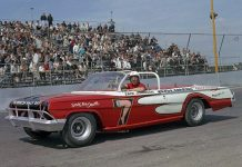 Erik Johnson ready to go at Chicagoland's O'Hare Stadium in 1963. (Bob Brown Photo)