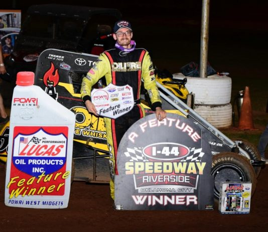 Blake Hahn in victory lane Saturday at I-44 Riverside Speedway. (Danny Clum Photo)