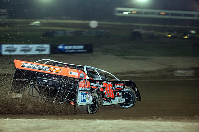 Logan Martin will lead the COMP Cams Super Dirt Series into a three-race weekend. (Millie Tanner Photo)