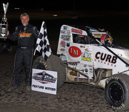 Dave Darland in victory lane at Gas City I-69 Speedway. (Gary Gasper photo)