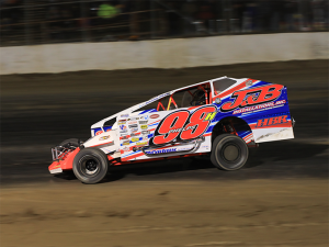 Jimmy Phelps on his way to winning the 358 modified feature Thursday at Fulton Speedway. (Quentin Young Photo)