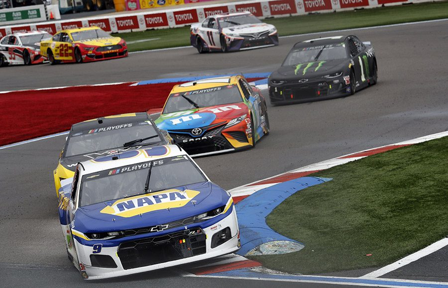 Chase Elliott (9) on his way to winning Sunday's Bank of America ROVAL 400 at Charlotte Motor Speedway. (HHP/Andrew Coppley Photo)