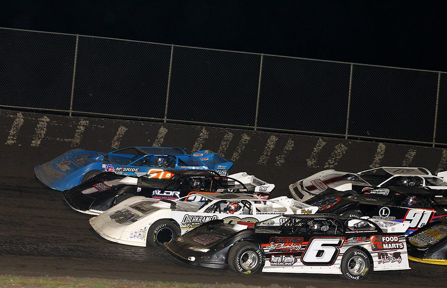 The field for Friday's Lucas Oil MLRA feature prepares to go racing at Tri-City Speedway. (Mike Ruefer Photo)