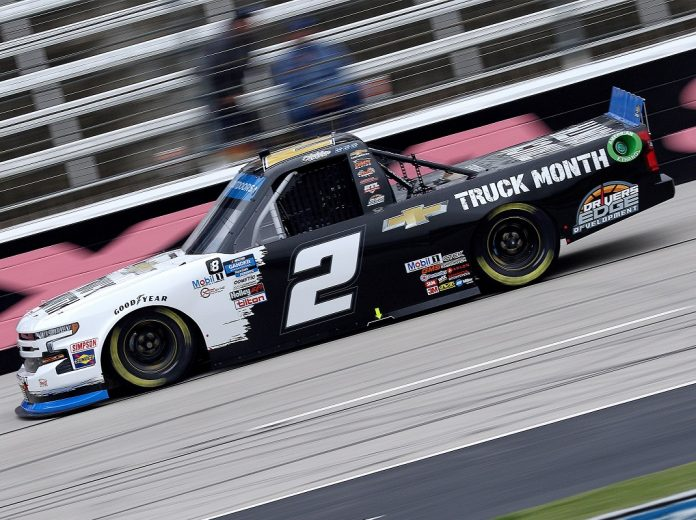 Sheldon Creed gets in Truck series final 4 with victory in Texas