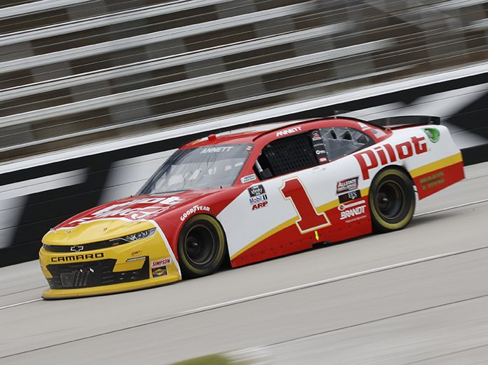Michael Annett and sponsor Pilot Flying J will both return to JR Motorsports next year. (HHP/Harold Hinson Photo)