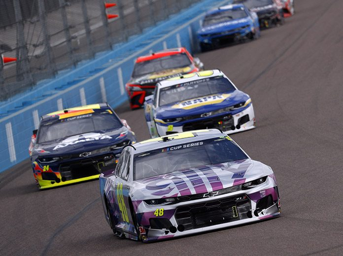 Despite incredible challenges caused by the COVID-19 pandemic, NASCAR managed to complete its season on Sunday at Phoenix Raceway. (HHP/Andrew Coppley Photo)