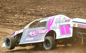 IMCA Modified National Champion Tom Berry Jr. (Tom Macht Photo)