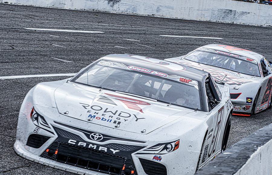 Kyle Busch (51) races ahead of Casey Roderick during the Snowball Derby. (Jason Reasin Photo)