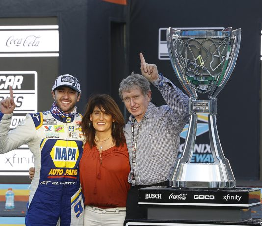Chase, Cindy and Bill Elliott. (HHP/Harold Hinson Photo)