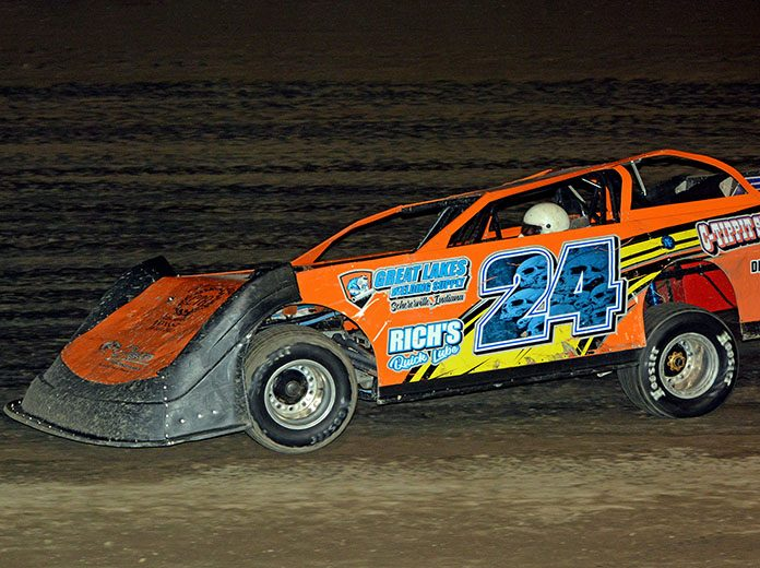 Kyle Cooper and his No. 24 won the pro late models division championship at both the Kankakee County Speedway in Illinois and the Shadyhill Speedway in Indiana. (Stan Kalwasinski Photo)