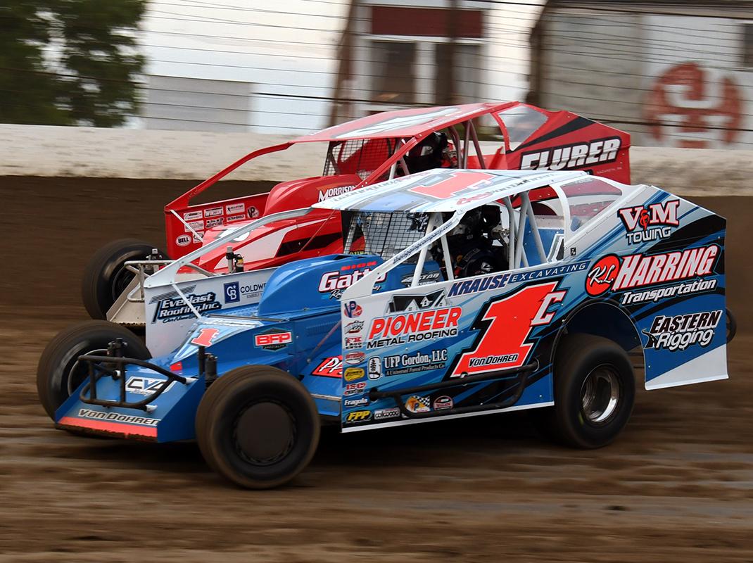 Craig Von Dohren (1c) at Grandview Speedway. (Rich Kepner Photo)