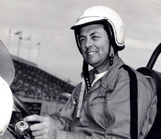 Gordon Woolley is best remembered for being an outlaw racer long before the World of Outlaws came into existence. (Bob Gates Photo Collection)