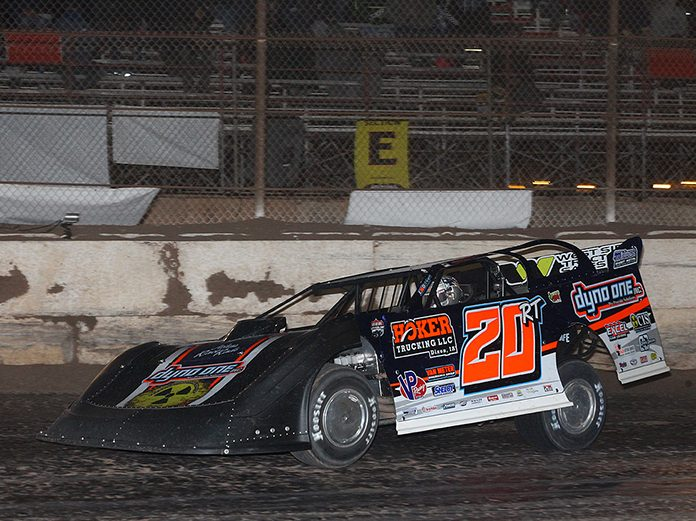 Ricky Thornton Jr. on his way to victory Sunday at FK Rod Ends Arizona Speedway. (Mike Ruefer Photo)