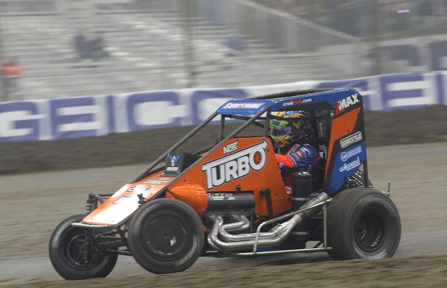 Tyler Courtney in action during Monday's Chili Bowl Cummins Qualifying Night feature in Tulsa, Okla. (Brendon Bauman photo)