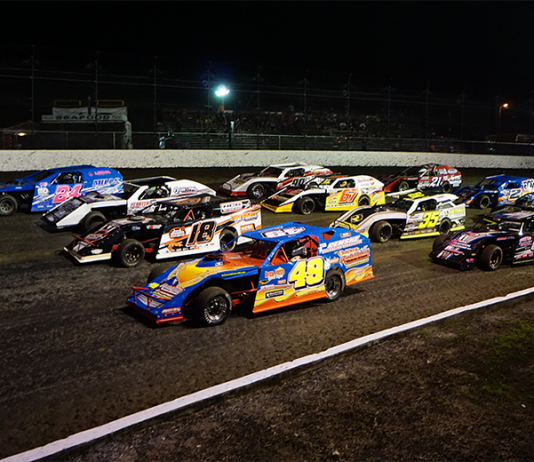 Chassis builders are set to go to war during the DIRTcar UMP Modified portion of the DIRTcar Nationals. (Andy Newsome Photo)