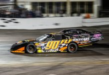 Steve Dorer (90) on his way to victory during Florida Speed Fest on Saturday at Showtime Speedway. (Jason Reasin Photo)