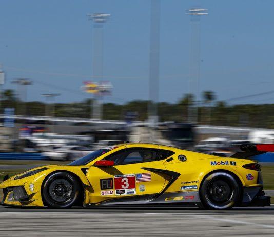 Corvette & Mercedes Share