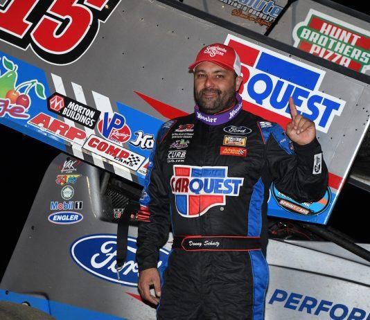 Donny Schatz in victory lane. (Frank Smith photo)
