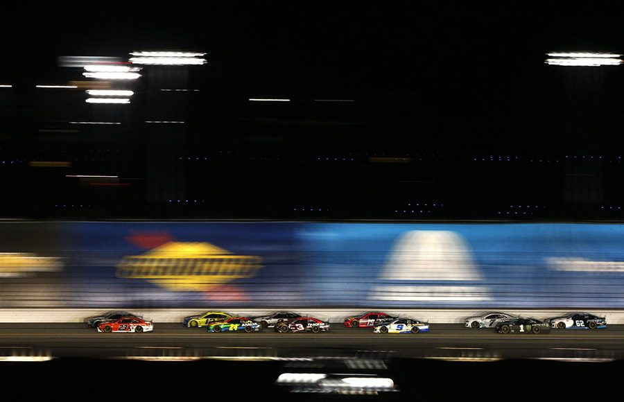 Drivers roar down the backstretch at Daytona Int'l Speedway during Duel No. 2 on Thursday evening. (NASCAR/Getty Images Photo)