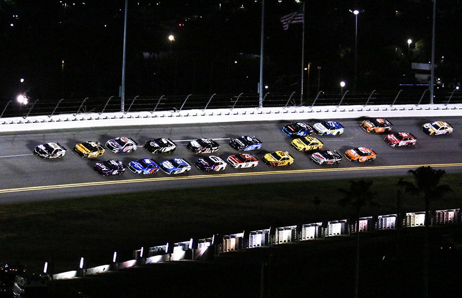Aric Almirola (10) leads the way during Duel No. 1 on Thursday at Daytona Int'l Speedway. (Dick Ayers Photo)