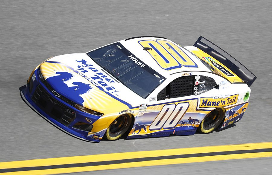 Starting 33rd in his second Daytona 500, Quin Houff in the No. 00 StarCom Racing Chevrolet. (HHP/Harold Hinson Photo)