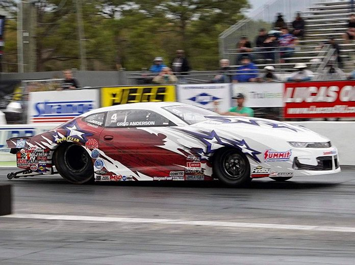 Greg Anderson powered to the No. 1 qualifying position during the CTECH World Doorslammer Nationals. (Luke Nieuwhof Photo)