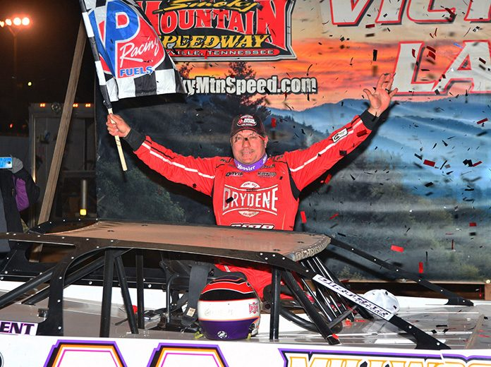 Chris Madden celebrates after winning Saturday's World of Outlaws Morton Buildings Late Model Series feature at Smoky Mountain Speedway. (Michael Moats Photo)