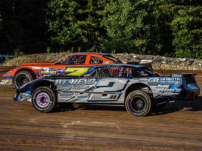 Luke Horning (2) will attempt to win his second DIRTcar Pro Stock championship in 2021. (Joe Grabianowski Photo)