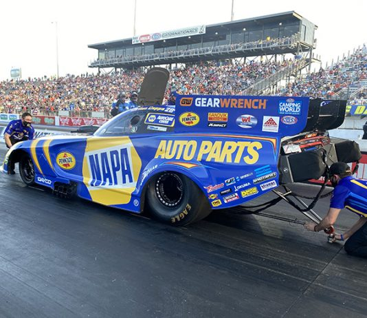 Ron Capps set the early pace during qualifying for the NHRA Gatornationals on Friday. (DSR Photo)