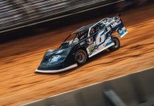 Kyle Larson will have sponsorship from MAVTV during Lucas Oil Late Model Dirt Series races.