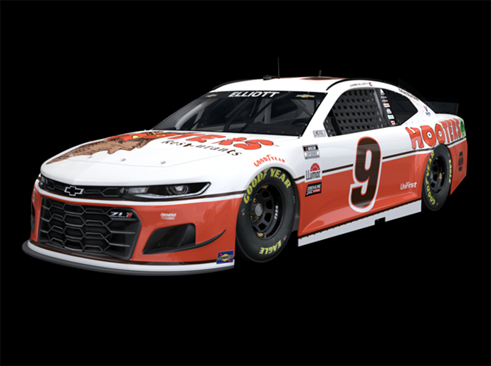 Chase Elliott will campaign a Hooters throwback scheme on May 9.