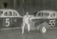 Dale Swanson (center) poses with his two cars driven by Tiny Lund (5) and Johnny Beauchamp (55) in the 1950s. (Photo Courtesy of Swanson Family)