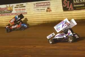 Logan Wagner (1z) chases Tyler Courtney at Port Royal Speedway. (Paul Arch photo)