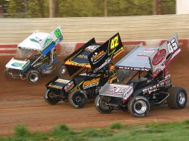 Jeff Halligan (45), Sye Lynch (42) and Ryan Smith race three-wide during Sunday's All Star Circuit of Champions event at Bedford Speedway. (Paul Arch Photo)