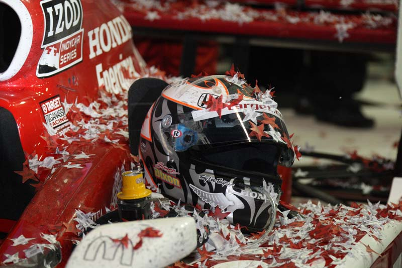 HAPPY HELMET: Scott Dixon's helmet sits on his race car after Dixon won Saturday's Cafes do Brasil Indy 300 at Homestead-Miami Speedway in Florida. (Dana Garrett/IRL IndyCar Photo0