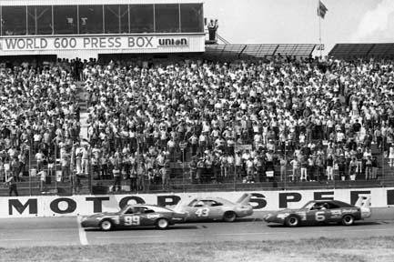 Charlotte motor speedway october 1970 speed sport for Race at charlotte motor speedway
