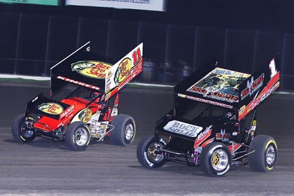 Steve Kinser (11) and Sammy Swindell split the weekend WoO features. (RonSkinnerPhotos.com Photo)
