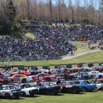 A huge crowd was on hand for the season opener at Thunder Road Int'l Speedbowl in Vermont. (Leif Tillotson photo)