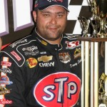 Donny Schatz in victory lane after winning the 2009 Knoxville Nationals at Knoxville (Iowa) Raceway. (Dick Ayers Photo)