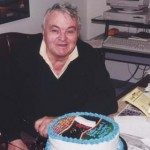 Chris Economaki celebrating his birthday in 1999. (NSSN Archives Photo)