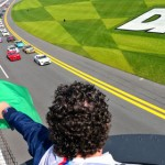 The green flag waves over the Continental Tire Sports Car Challenge Series field Friday at Daytona Int'l Speedway. (Grand-Am Photo)