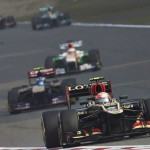 Kimi Raikkonen leads a pack of cars during Sunday's Chinese Grand Prix in Shanghai, China. (Steve Etherington Photo)