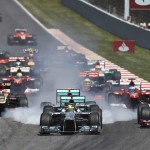 The Formula One field heads into the first turn during the Spanish Grand Prix in Barcelona, Spain. (Steve Etherington Photo)